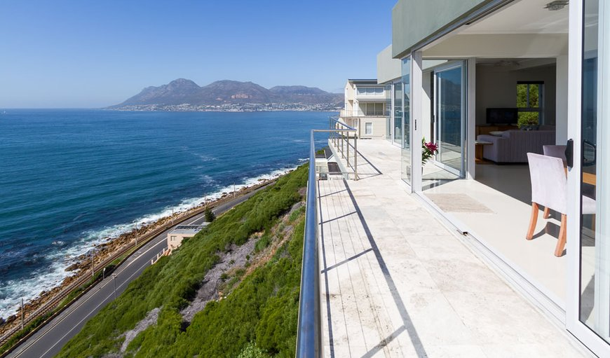 Welcome to Ocean Echo Luxury Villa  in Fish Hoek, Cape Town, Western Cape , South Africa