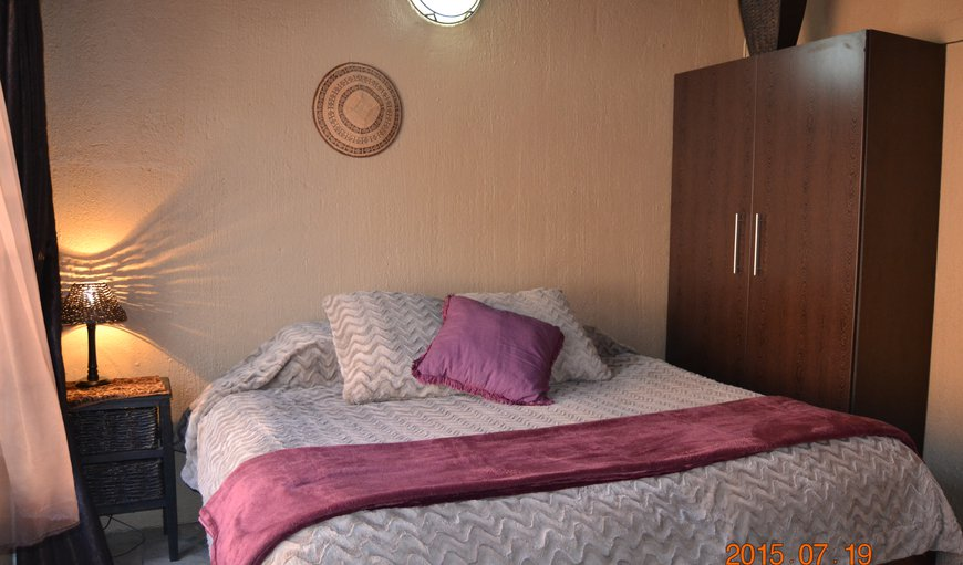 2nd en suit bedroom.  You have an option - Main en suit and 2nd bedroom the beds can be made up as single or king size