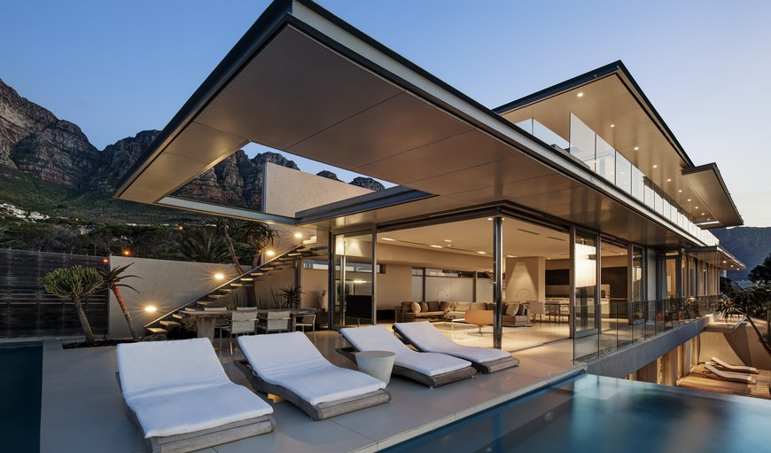 008 Bond Villa in Camps Bay, Cape Town, Western Cape , South Africa